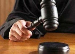 Суд не стал строго наказывать адвоката за «развод» клиента на 300 тысяч рублей
